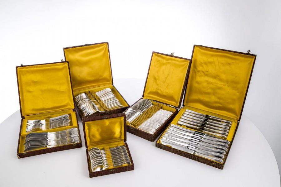 Kpl. sztućców na 12 osób, w oryginalnym etui,  srebro, Francja – klasycyzm