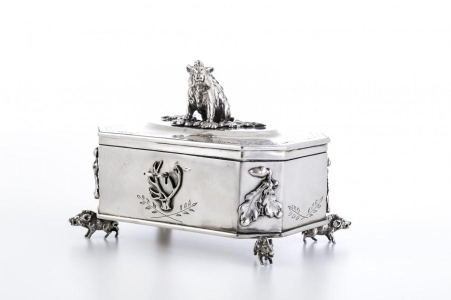 Cukiernica Myśliwska z Dzikami pałacowa, złocona-miedziowana, srebrna, Niemcy – Biedermeier
