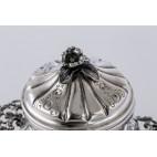 Cukiernica Ricci Ferdinando,  kryta z pokrywką, srebro, Włochy – neobarokowa