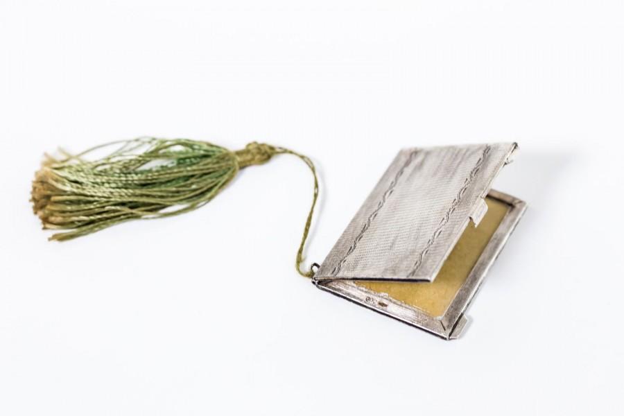 Etui kieszonkowe z jedwabiem na 2 fotografie, filigranowe,  srebrne, Włochy– sztuka świata