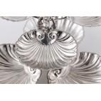 Patera z trytonami i muszlami, 2-poziomowa, 3-dzielna, srebrna, Włochy – neobarokowa.