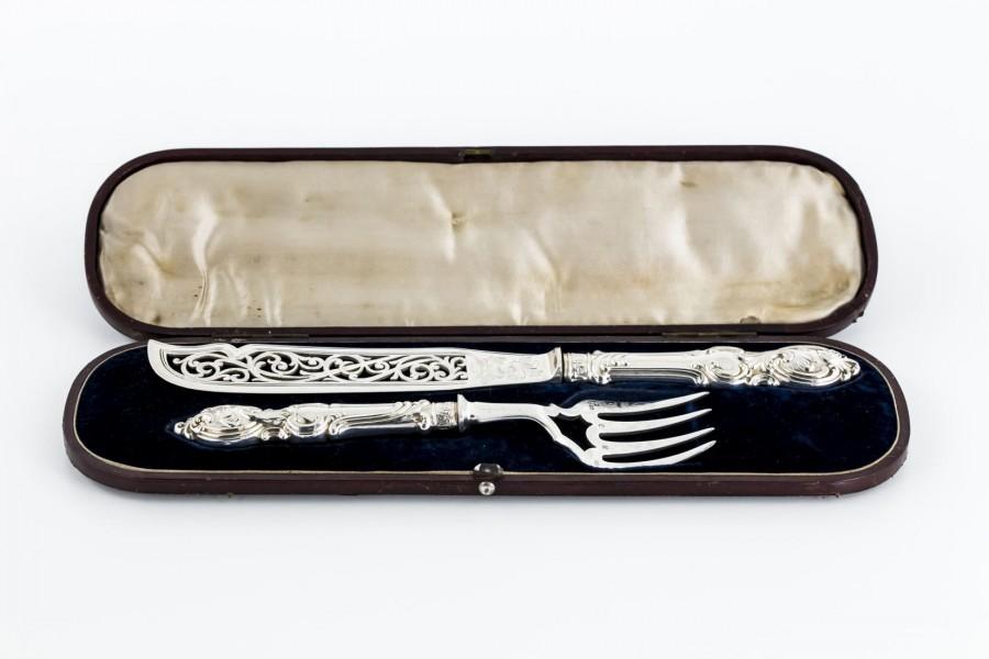 Zestaw sztućców serwingowych, do ryb, srebro Sterling,  Stara Anglia – neorokoko.