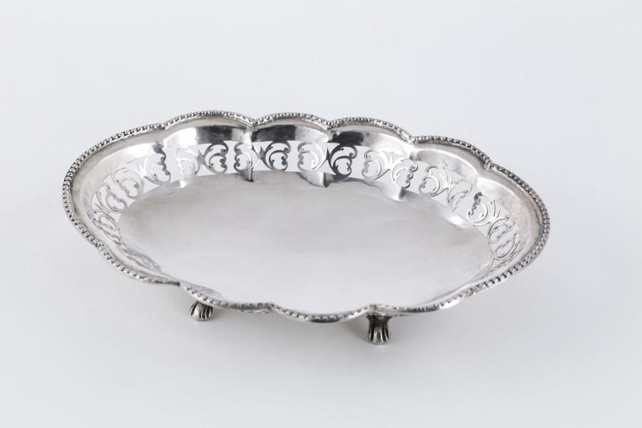 Paterka ażurowa, filigranowa, srebrna,  Niemcy – eklektyczna.