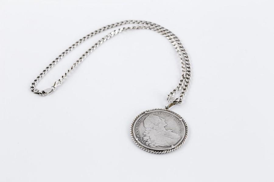 Wisior z monetą / talarem Bawaria 1764, srebrny, Niemcy, Włochy – sztuka świata