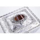 Szkatuła Ditta T.&L. z agatem, kamieniem półszlach., złocona, srebrna, Włochy – neorokokowa.