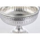 Patera na okrągłej nóżce, z wkładem szklanym,  srebro, Francja – neobarok.