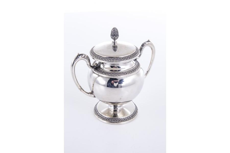 Cukiernica CESA 1882 kryta, z pokrywką, srebrna, Włochy – modernistyczna.