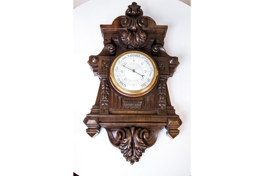 Barometr wiszący porcelanowy, masywny, drewno orzechowe, sprawny, Francja – neobarokowy.