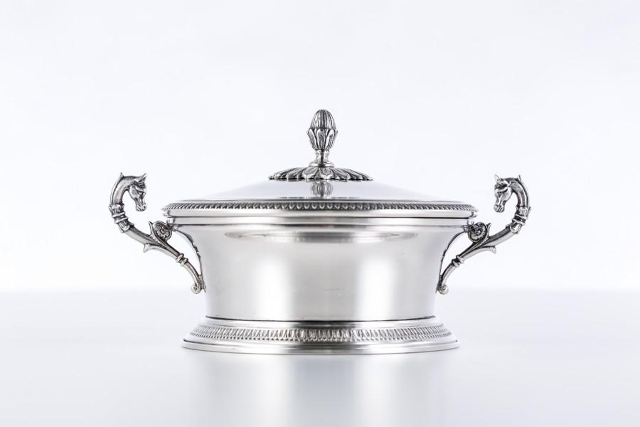 Cukiernica BESOZZI FLORINDO & C.S.d.f. kryta, dystyngowana srebrna, Włochy – neo empire