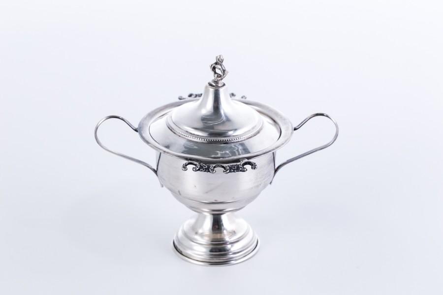 Cukiernica filigranowa kryta, włoska, srebrna – Neo Empire.