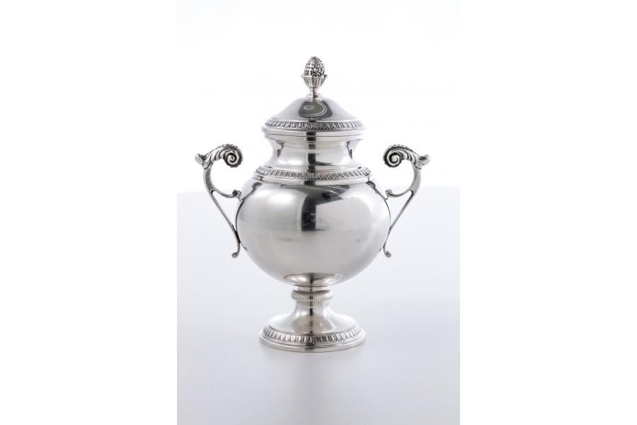 Cukiernica reprezentacyjna, kryta, srebrna, włoska złocona wewnątrz – Neo Empire.