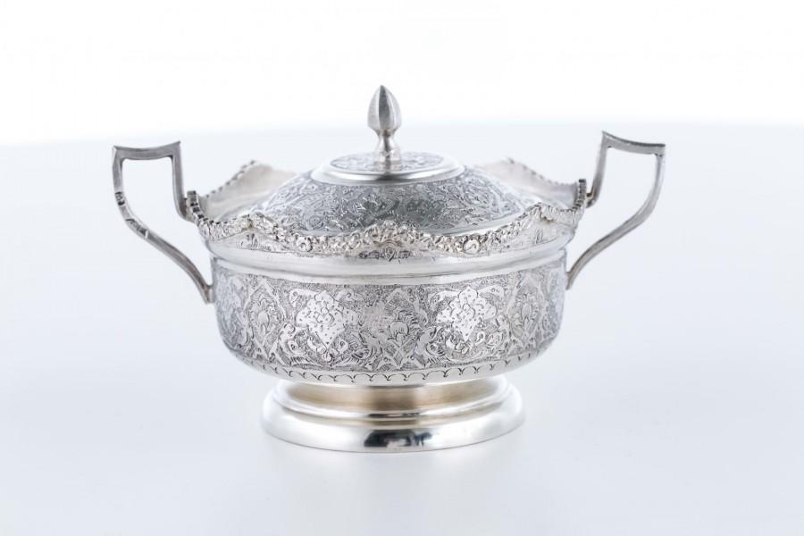 Cukiernica kryta, srebrna, Indie – sztuka świata.