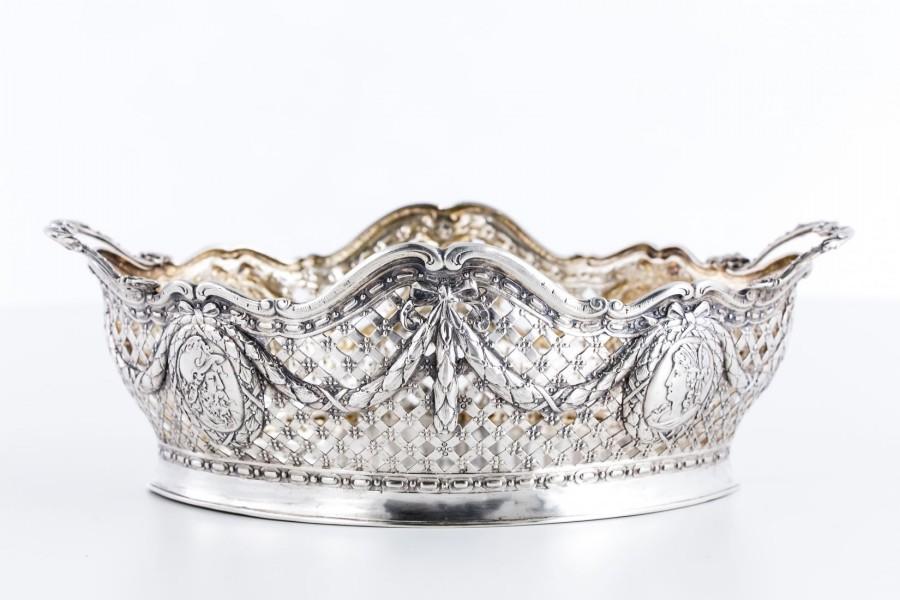Koszyczek ażurowy, srebrny, złocony wewnątrz, Niemcy – klasycystyczny
