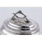 Cukiernica kryta, srebrna  szkatuła na złocony kluczyk,  Austro-Wegry – eklektyczna