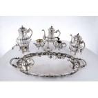 Serwis kawowo–herbaciany  reprezentacyjny, 6-elementowy srebrny, Włochy  - eklektyczny.