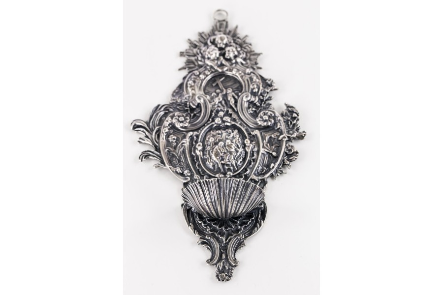 Kropielnica prywatna na wodę  święconą, Cesare Borsani, srebrna, Włochy – neobarokowa.