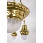 Żyrandol mosiężny polerowany, szklana ampla typu plafon, Stare Niemcy, Śląsk– klasycyzm